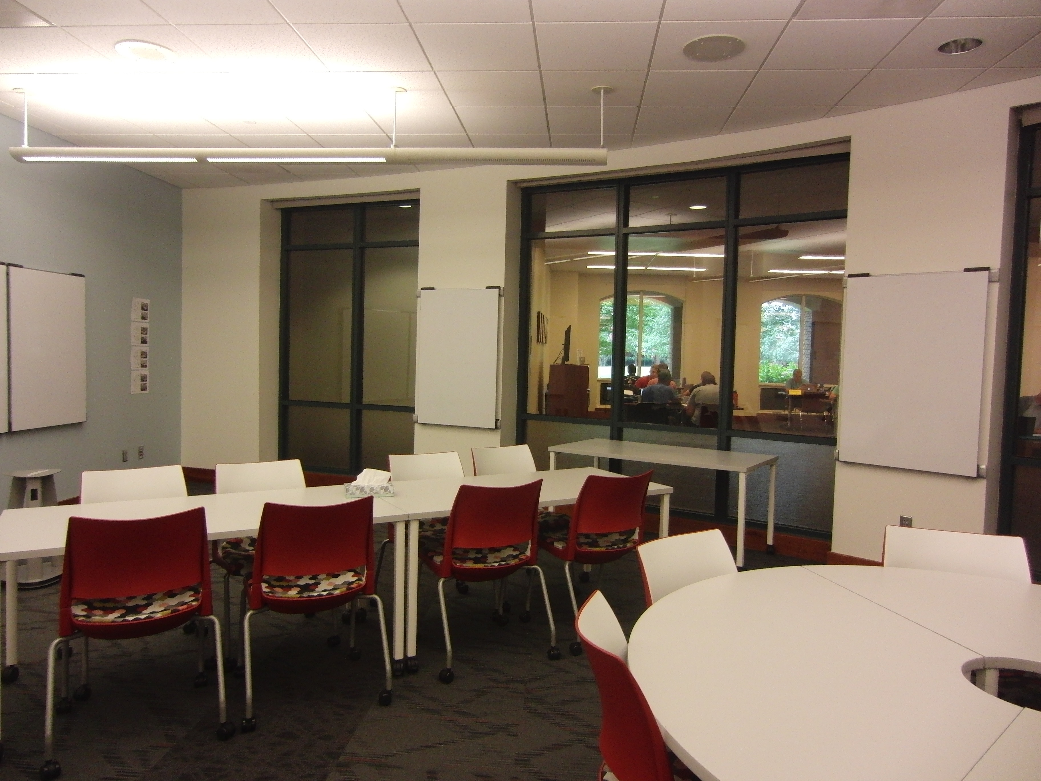 A photo of the room from the side.