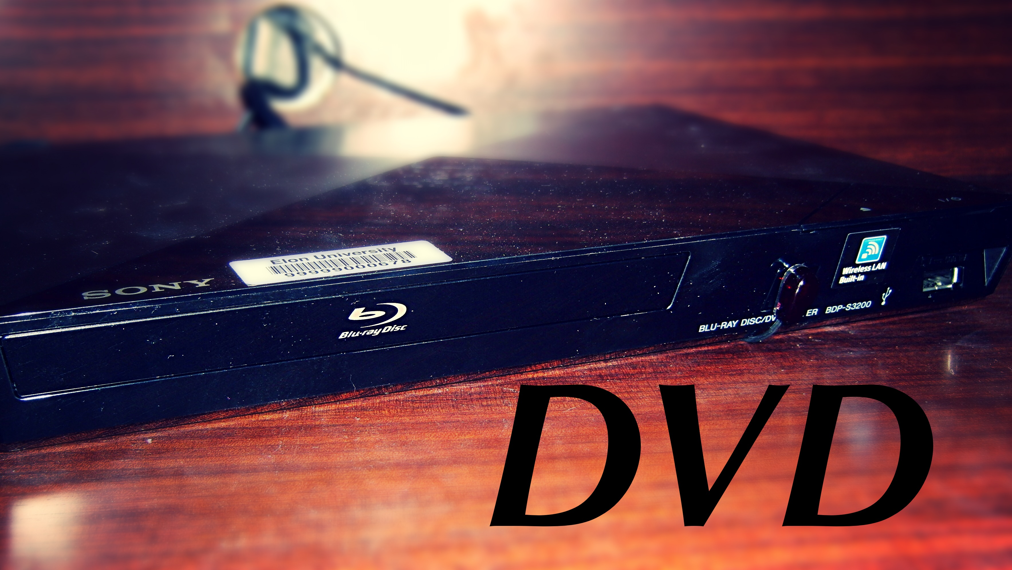 Photo of sony blu-ray player available in the room