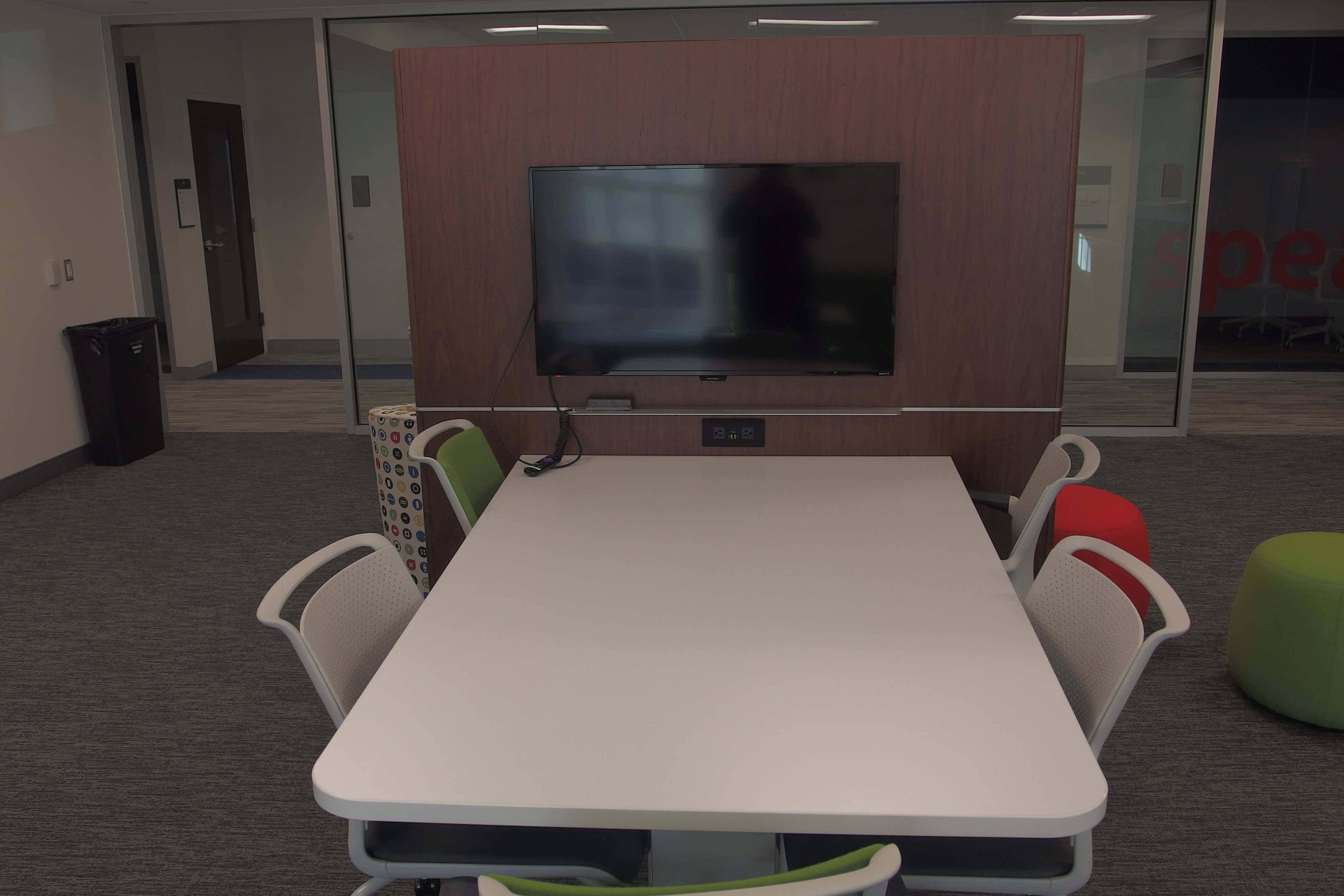 A photo of the collaboration work table and LCD.